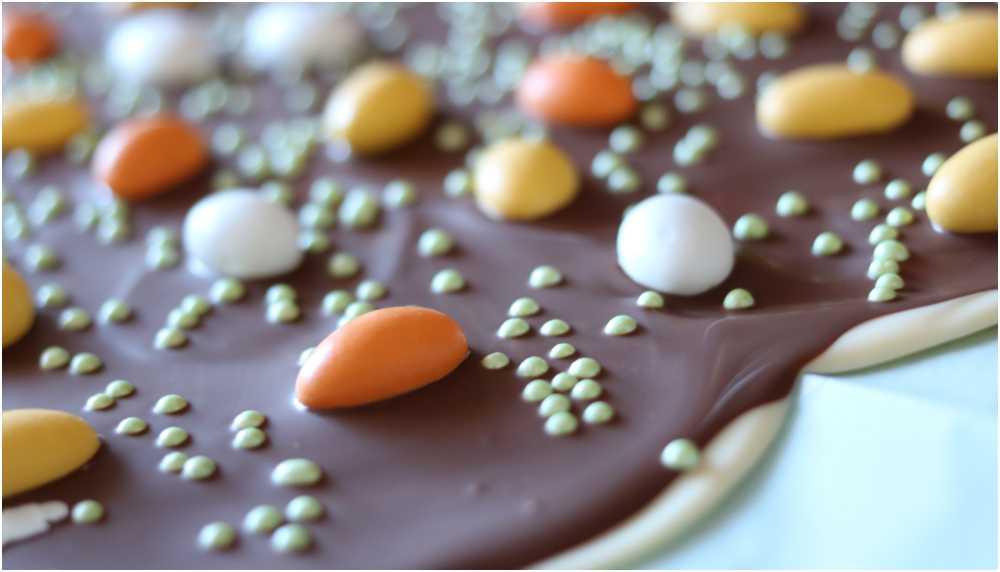 Chokladbräck med påskgodis