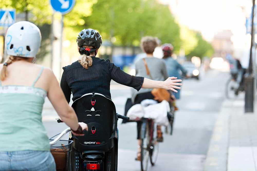 Regeringen vill få fler att cykla.