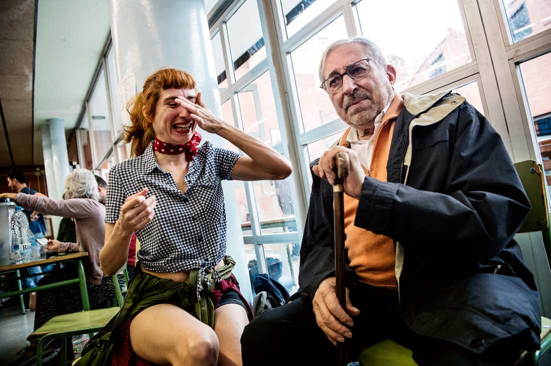 Cristina Tomás, 46, med sin pappa Enric Tomás, 83.