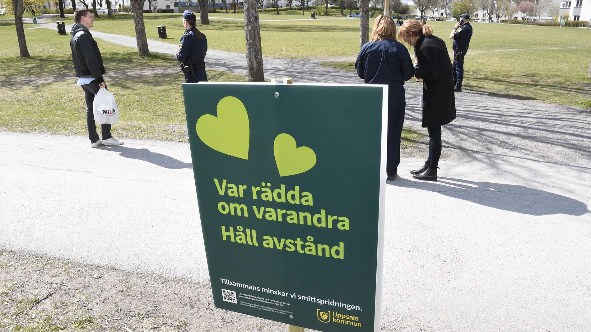 Skyltarna som skulle få Uppsalaborna att tänka till.