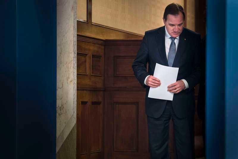 FICK INTE SOM HAN VILL  Om nio dagar kommer regeringen ta det slutgiltiga beslutet om extraval. Stefan Löfvens plan var hela tiden att svenska folket skulle slippa gå till valurnorna igen, men den planen verkar spricka.