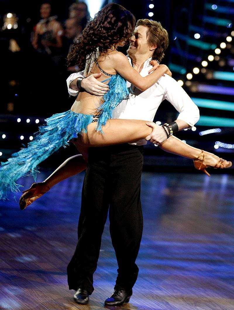 kan åka ur Niclas Wahlgren har fått sina odds på att åka ur Let's dance 2009 kraftigt sänkta.