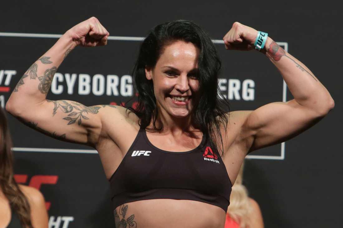 Lina Länsberg har två förluster och en vinst i UFC-karriären