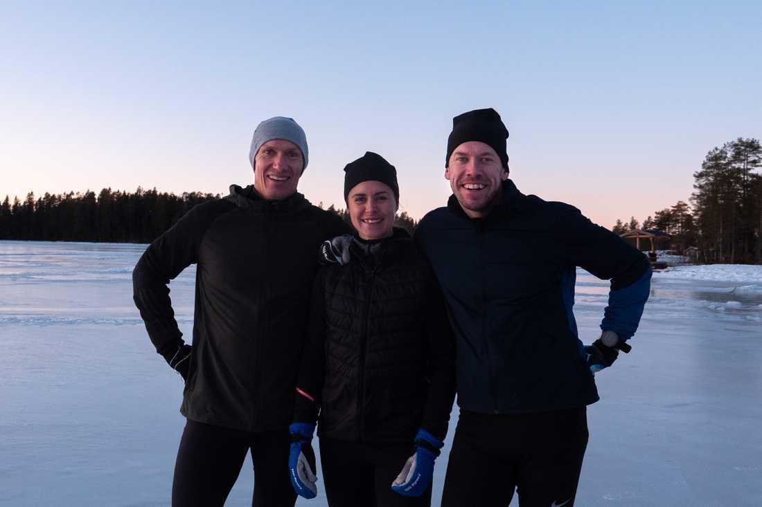 """TV-profilen Andreas Odén tillsammans med Anna och Emil Jönsson Haag, som blir programledare i motionsprogrammet """"Sverige springer""""."""