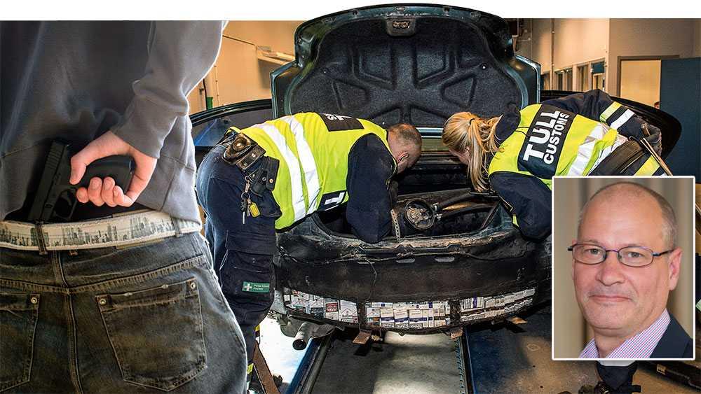 Ett första, nödvändigt steg att stoppa skjutningarna är att begränsa inflödet av vapen, skriver Johan Lundgren. Bilden är ett montage.