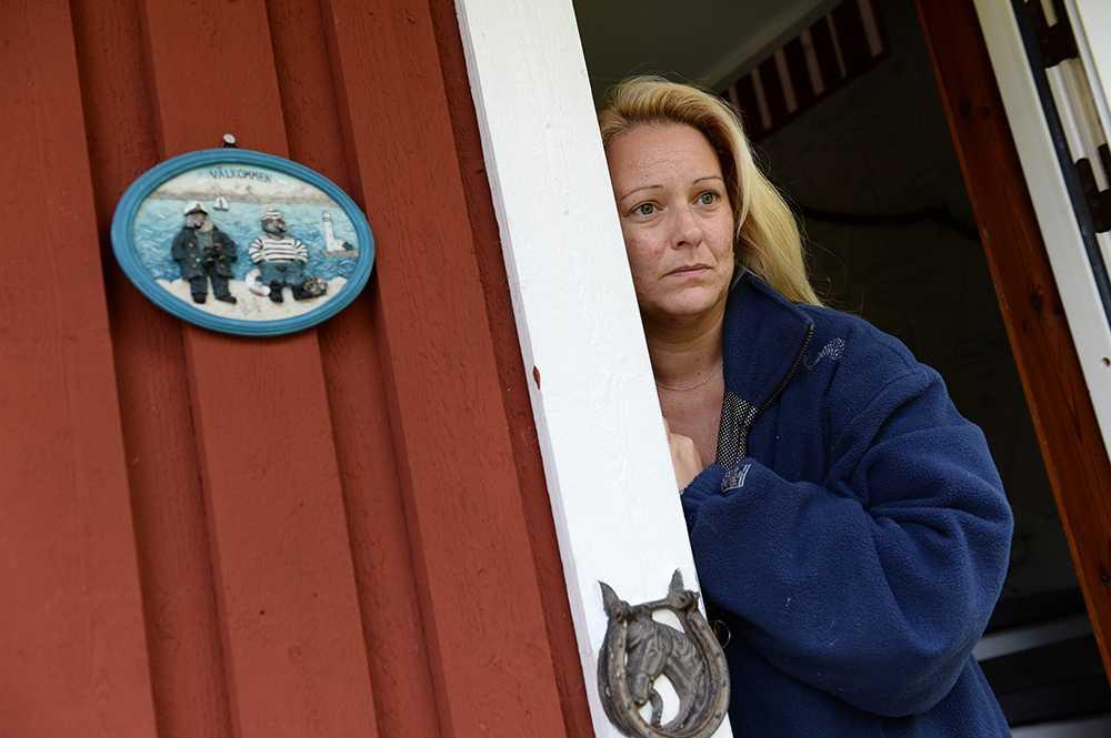 Grannen Marie väcktes vid 02.30-tiden av brandbilar, ambulanser och helikopter.