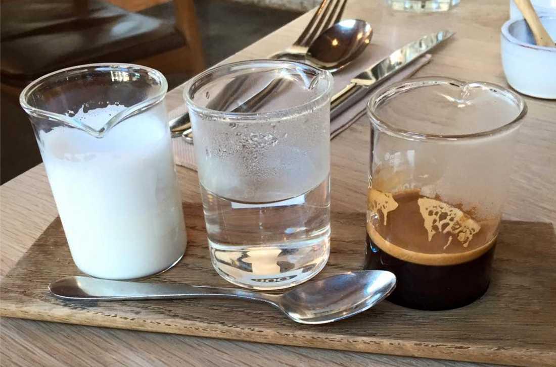 Jamila Rizvis kaffebeställning.