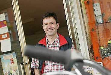 Peter Seuffert, cykeluthyrare som utrustar massor av cyklister.