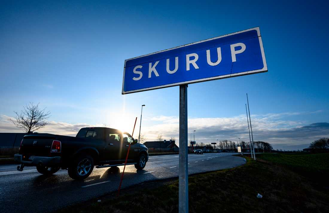 I december beslutade Skurups kommun att förbjuda huvudduk bland elever och personal i kommunens skolor.