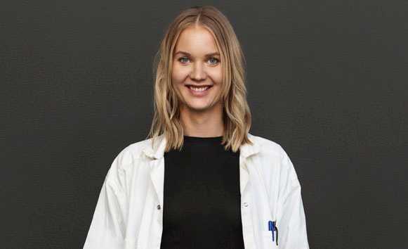 """Emma Frans, doktor i epidemiologi, är aktuell med """"Alla tvättar händerna""""."""