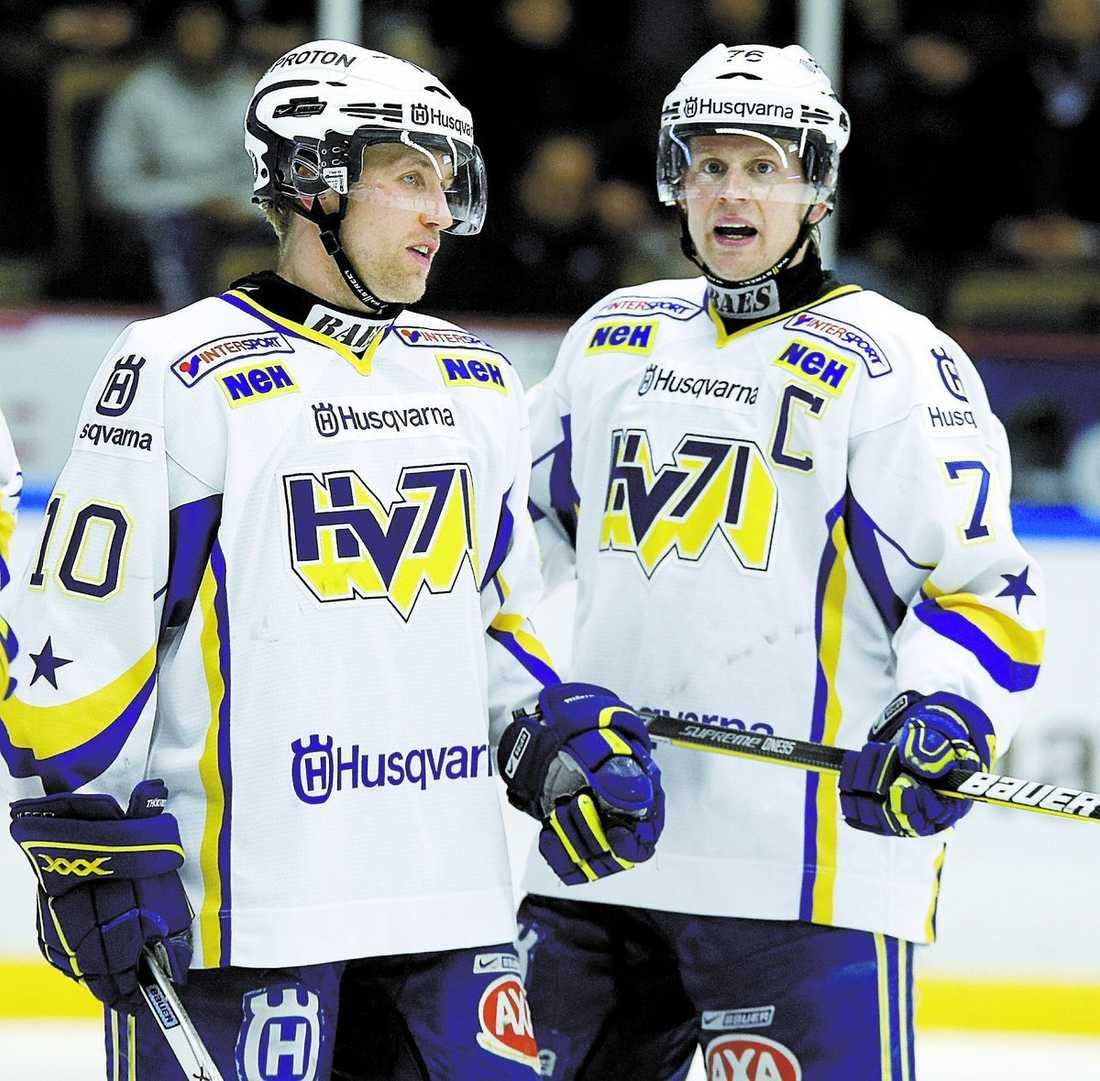 NOBBAR TRE KRONOR Martin Thörnberg och Johan Davidsson i HV 71 kommer inte att spela i Karjala Cup.