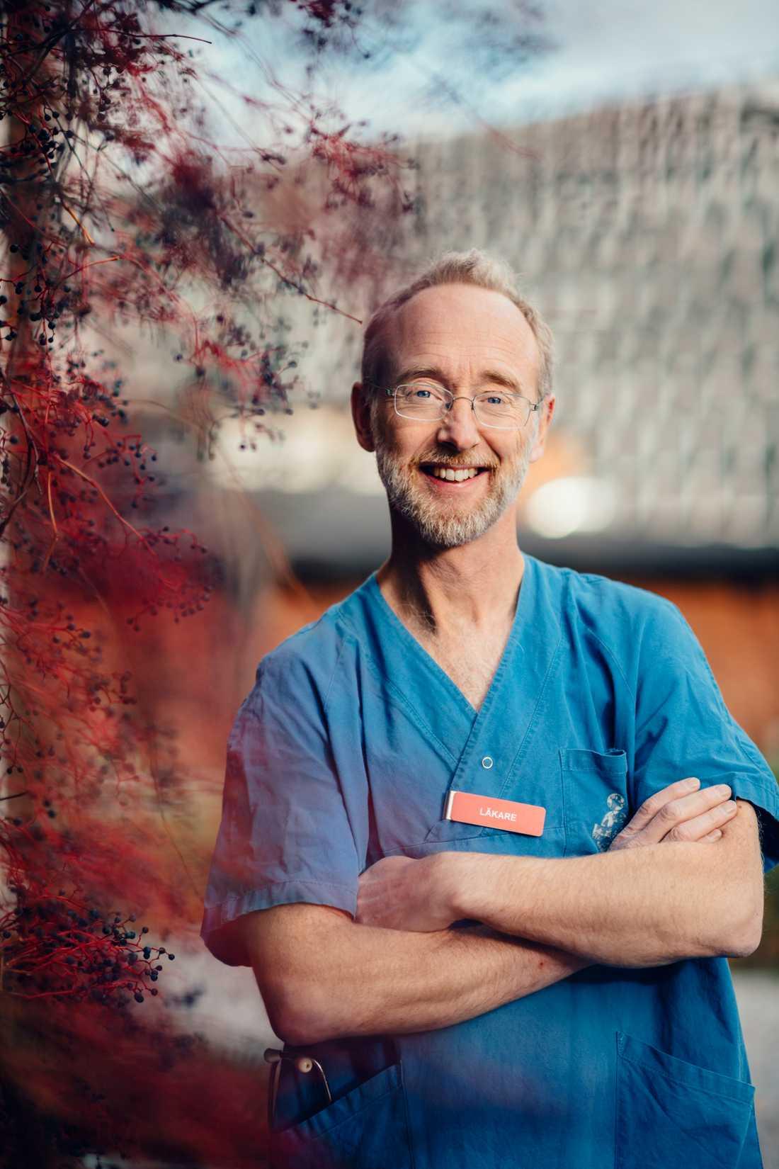 Jonas Ludvigsson, professor vid avdelningen för medicinsk epidemiologi och biostatistik på Karolinska institutet och barnläkare i Örebro.