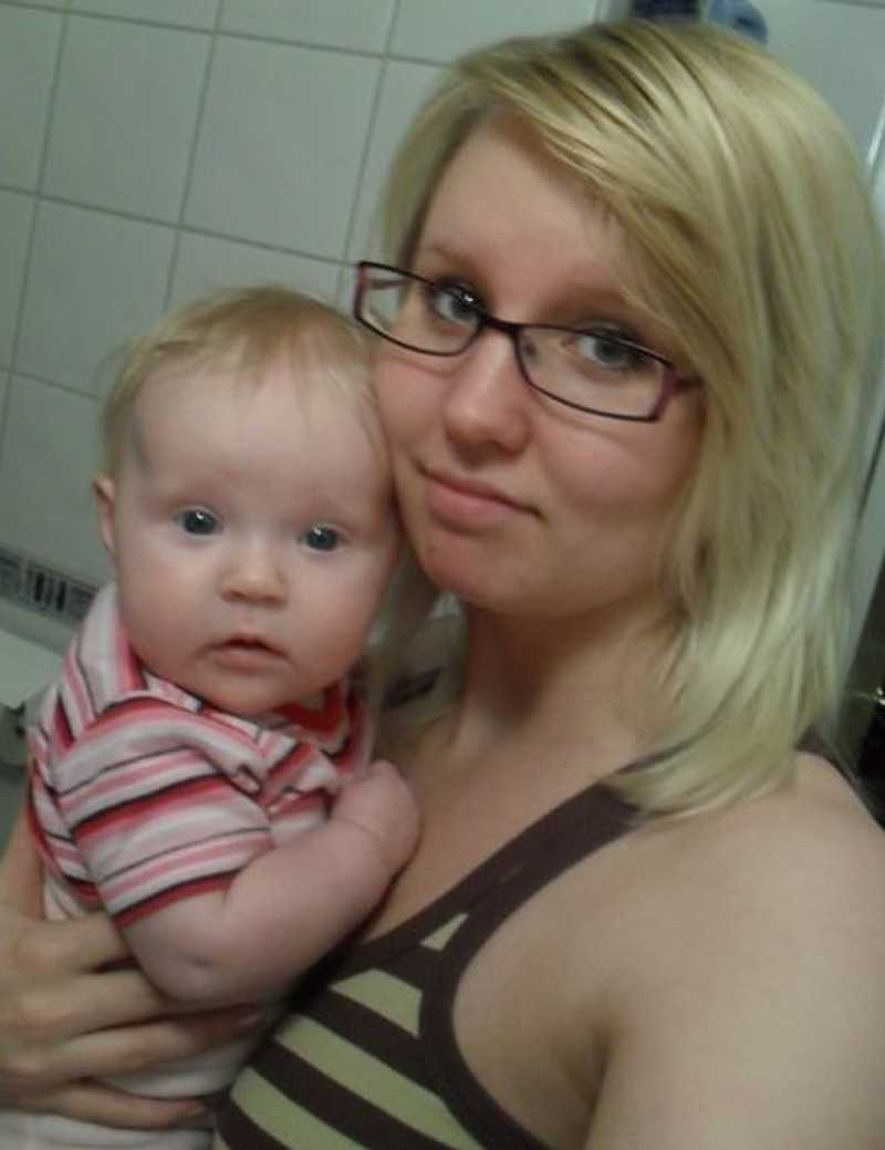 Theresé med lilla Ängla, 5 månader.