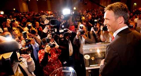 Statsminister Jens Stoltenberg kan sitta kvar vid makten efter valet i Norge i går.