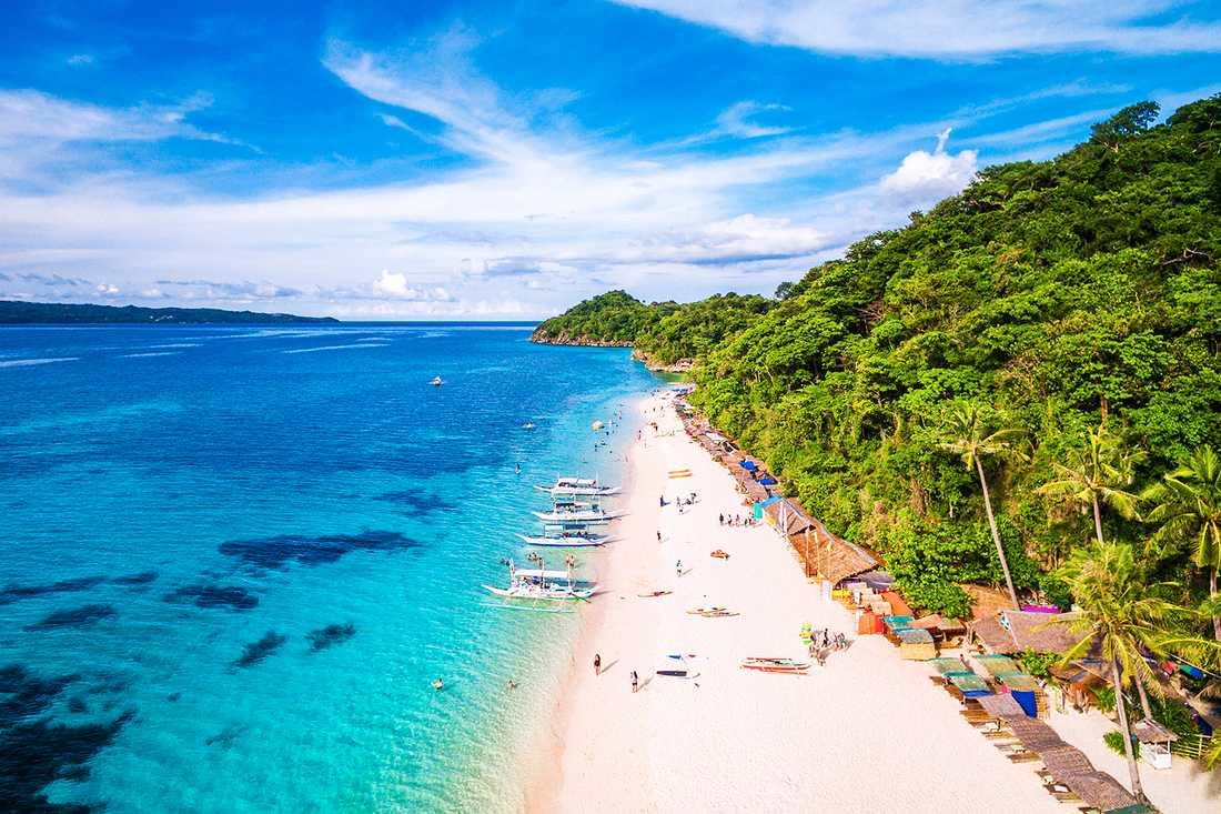 Paradisön Boracay stängs ner i ett halvår på grund av miljöförstöring på ön.