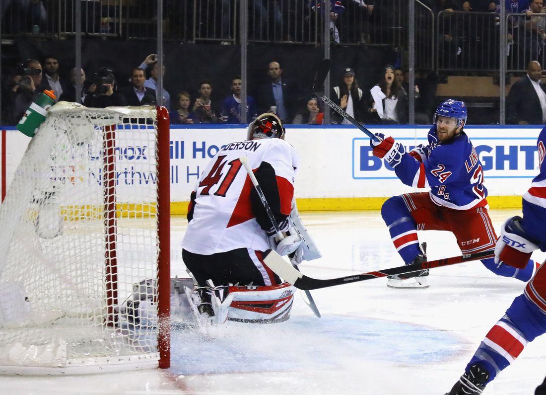 """#B7A014 Dette års Oscar Lindberg Hjälte Med Två Mål Mot Ottawa I Stanley Cup: """"Skönaste Jag Gjo  Gør Det Selv New Yorker Væg 5801 11007955801"""