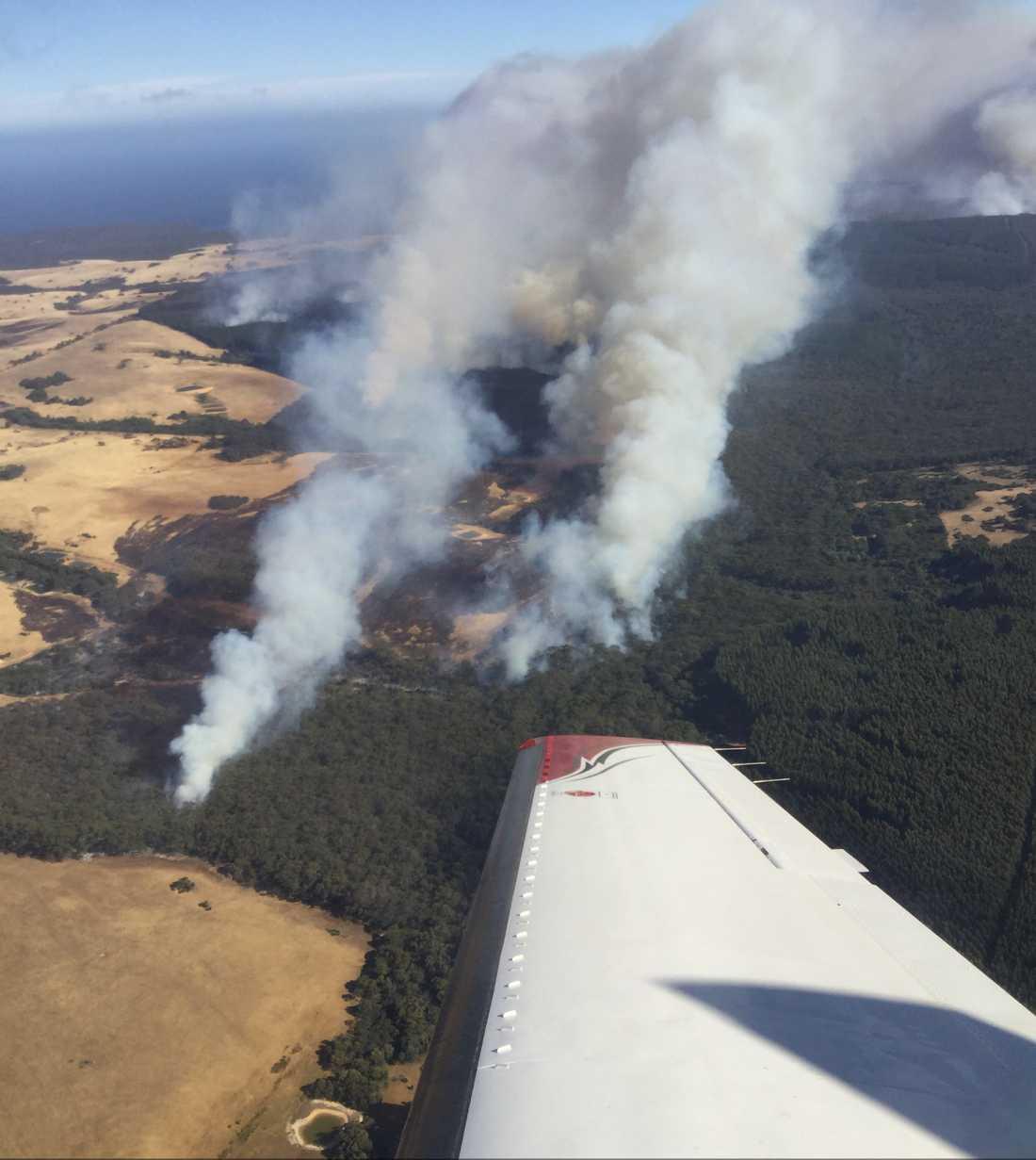 Skogsbränder vid Kangaroo Island i den australiska delstaten South Australia.