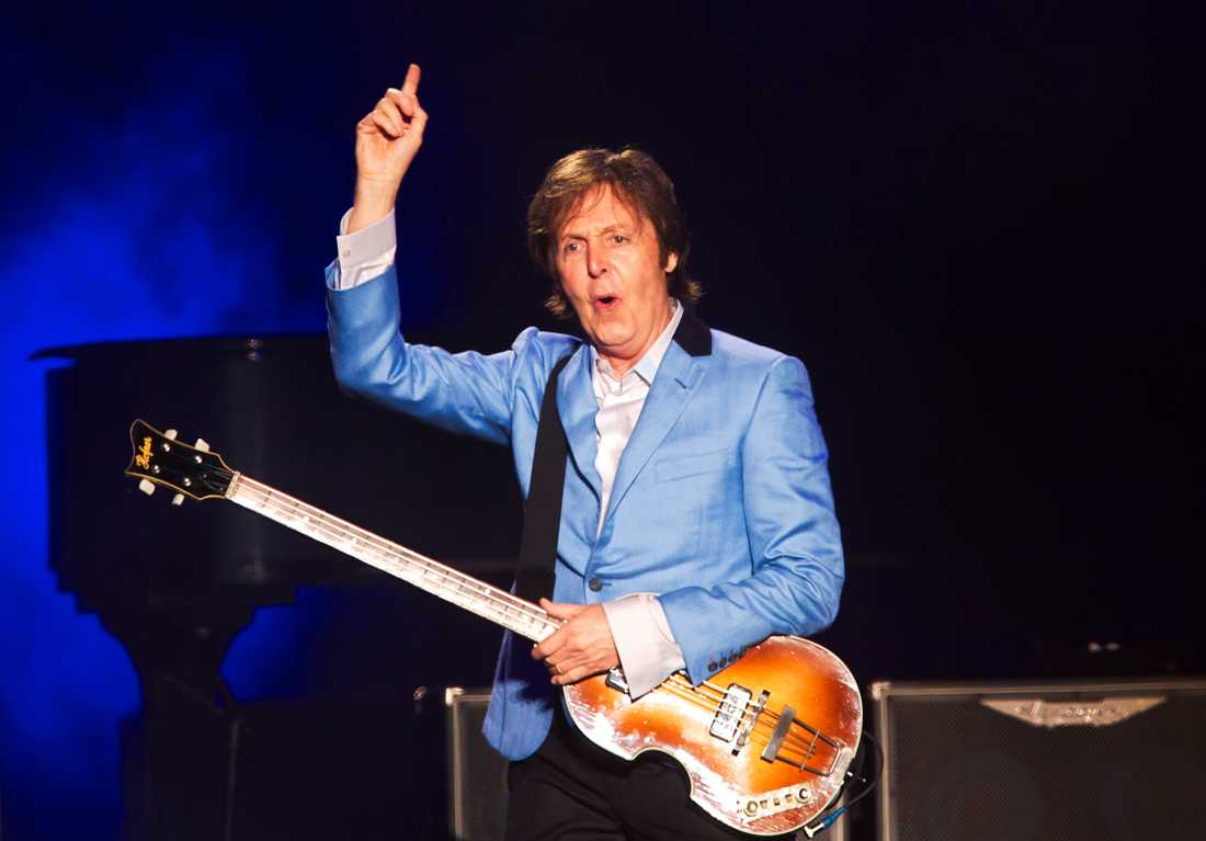 8 Paul McCartney, The Beatles.