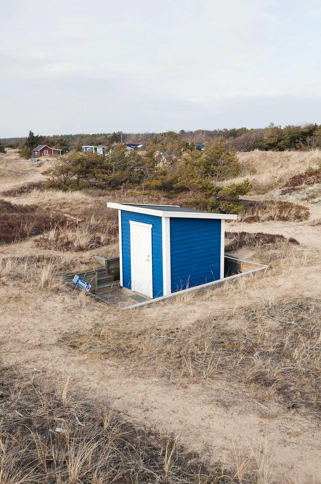 DYRT MINIHUS För 175 000 kronor får man förutom kanske Sveriges minsta sommarstuga även Sveriges kanske dyraste parkeringsplats.