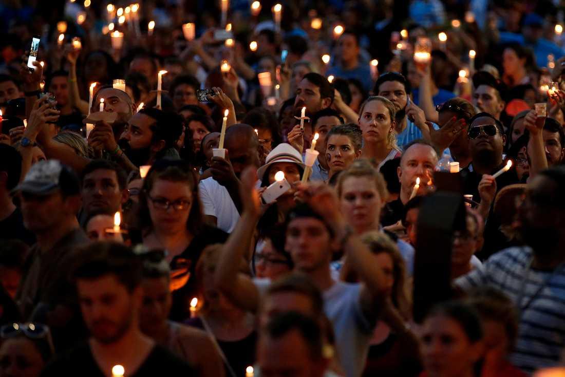 Tända ljus i Orlando.