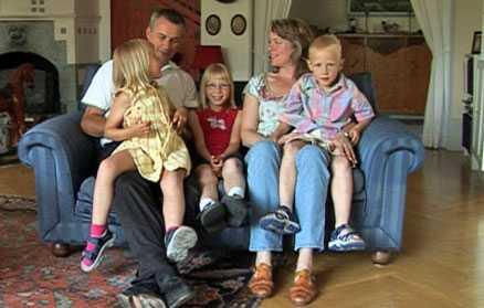 Björn och Carolina har adopterat tre barn från Polen.