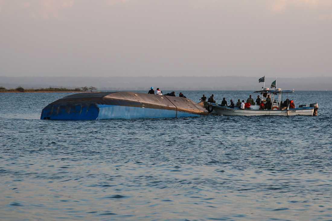 En färja förliste på Victoriasjön, Tanzania.