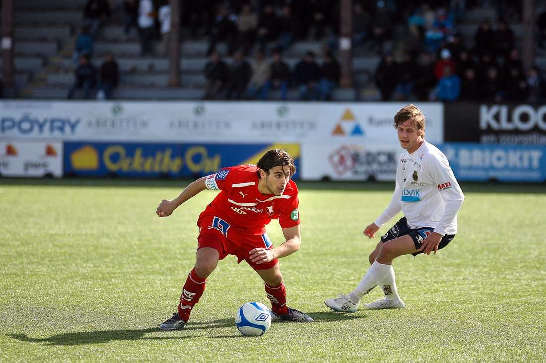 ORDKRIG IFK Norrköpings Astrit Ajdarevic och Gefles Hasse Berggren var inte särskilt imponerade av varandras spel efter gårdagens allsvenska möte.