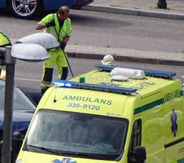 Två bilar frontalkrockade på onsdagen vid Roslagstull.