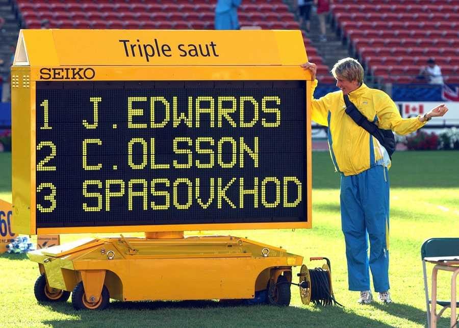 VM I EDMONTON 2001 Christian Olssons stora genombrott. 17,47 i finalen gav en silvermedalj.