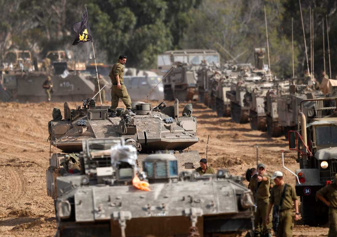 Israel förbereder markinvasion av Gaza.