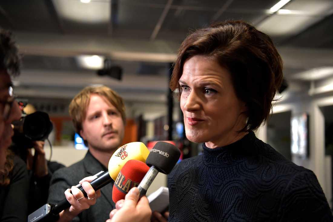 Moderatledaren Anna Kinberg Batra efter debatten i Aktuellt.