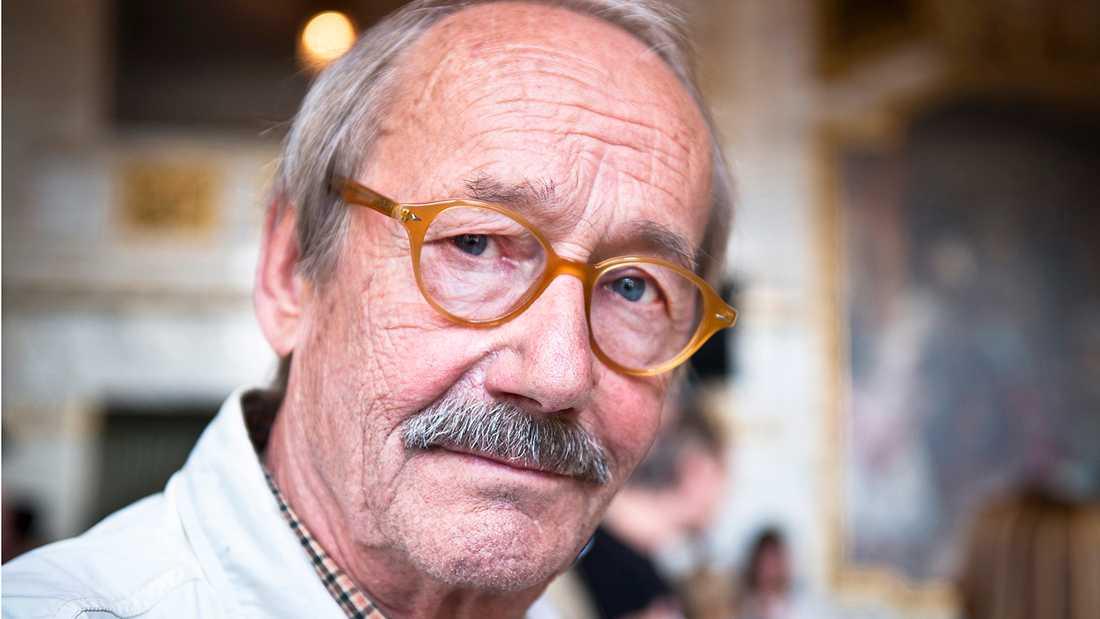 Gösta Ekman dog 1 april, 77 år gammal.