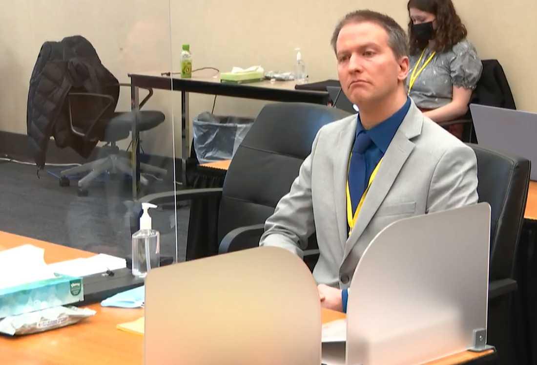 Derek Chauvin står åtalad för George Floyds död.