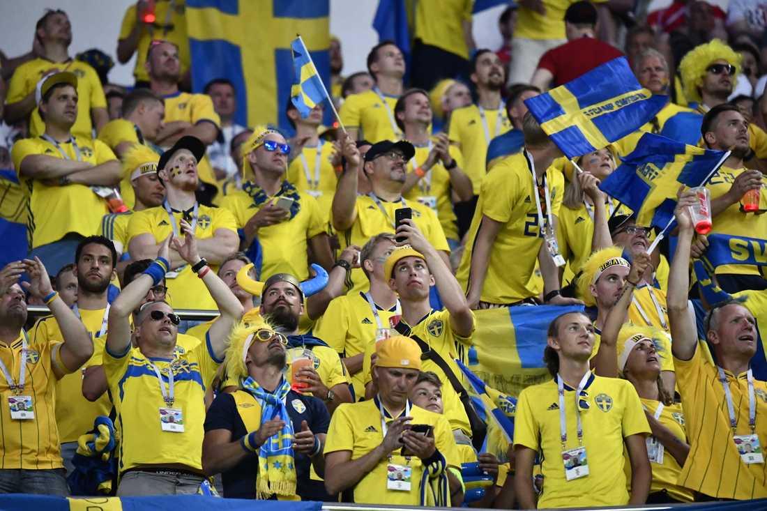 Svenska fans under VM i Ryssland 2018. Intresset för EM 2020 är rekordstort, enligt Uefa. Arkivbild.