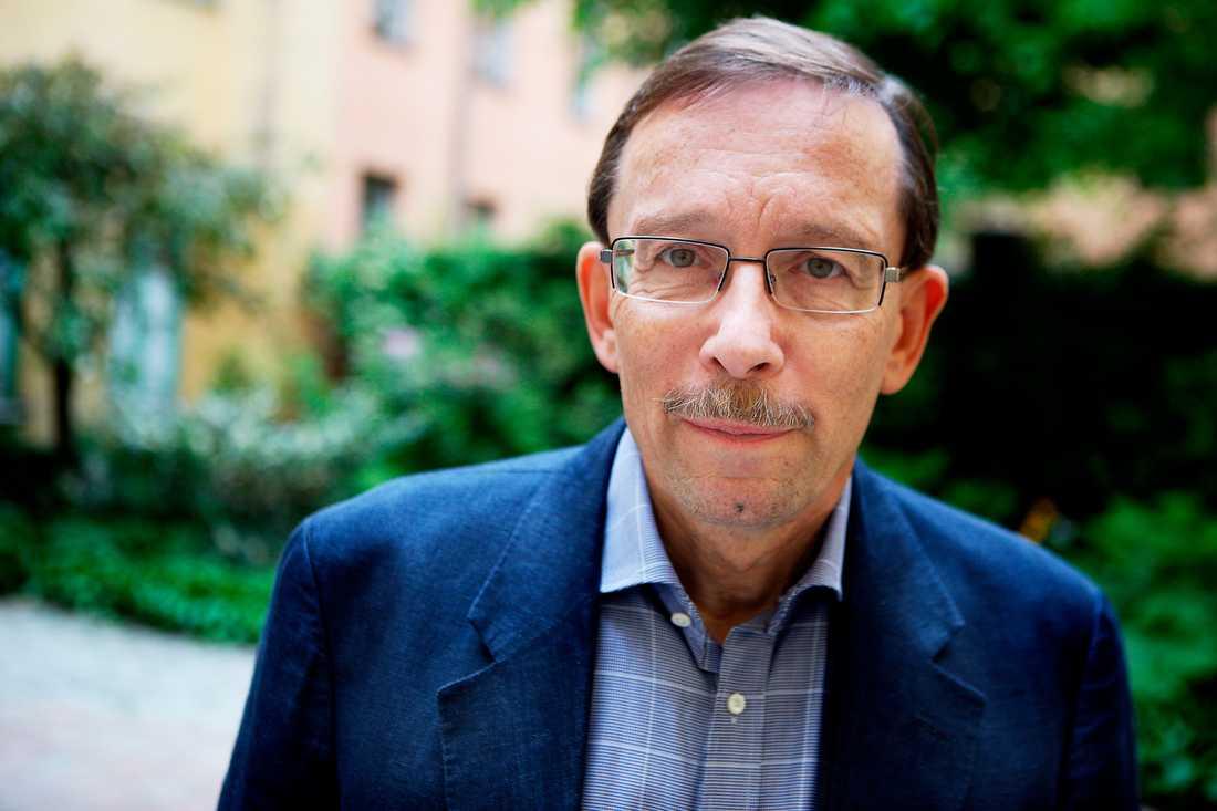 Lars Calmfors är professor emeritus och ordförande i Arbetsmarknadsekonomiska rådet.