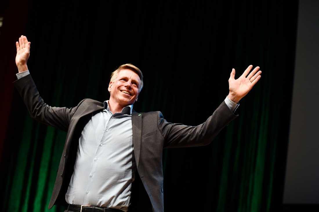 Per Bolund valdes till nytt språkrör och ersätter Gustav Fridolin.