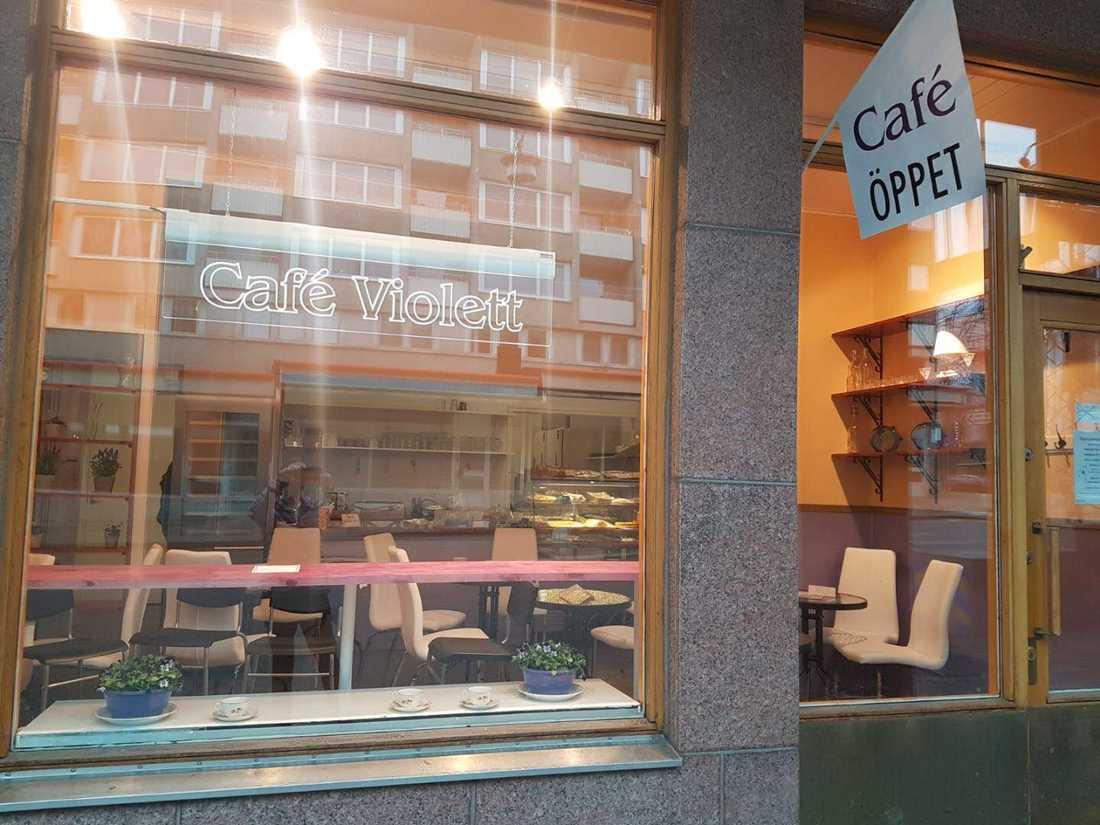 Nyöppnade Café Violett.