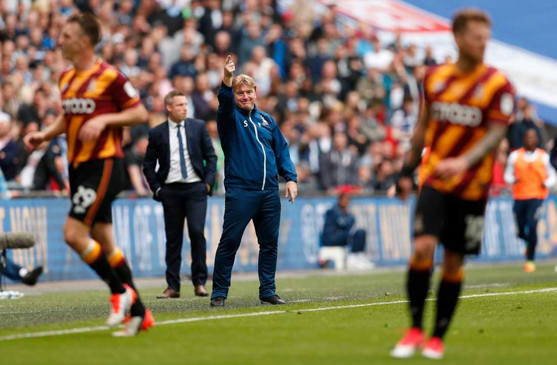 Bradfords tränare Stuart McCall var irriterad efter slutsignalen.