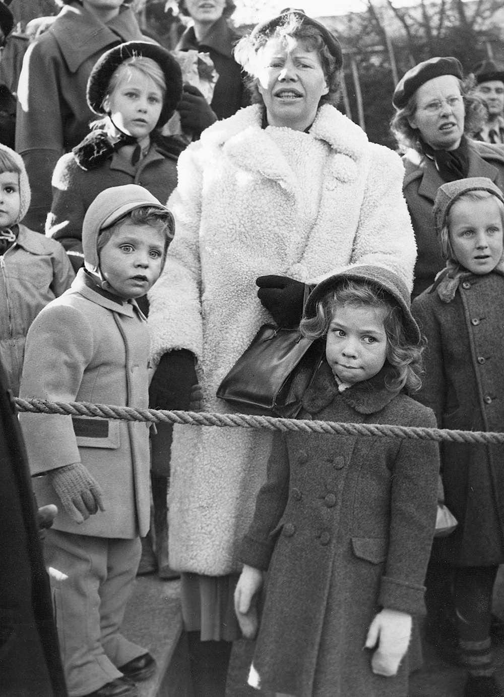 Nenne Björnberg tillsammans med prins Carl Gustaf och prinsessan Christina.