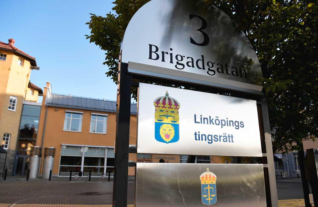 Linköpings tingsrätt dömer mannen till åtta års fängelse för mordförsök. Arkivbild.