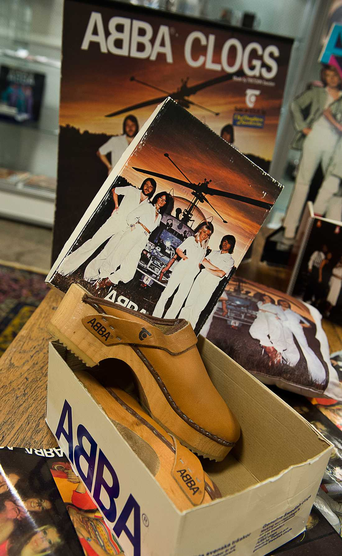 Tomas Nordin säljer nu sin stora samling av ABBA-saker som är 25000 till antalet på Stockholm auktionsverk i början på augusti.