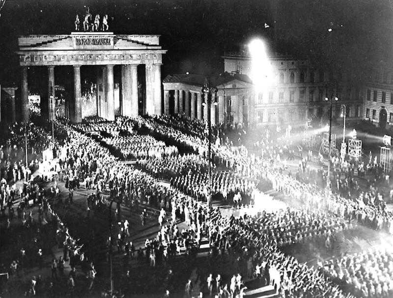 Hitlers maktövertagande i Berlin 1933.