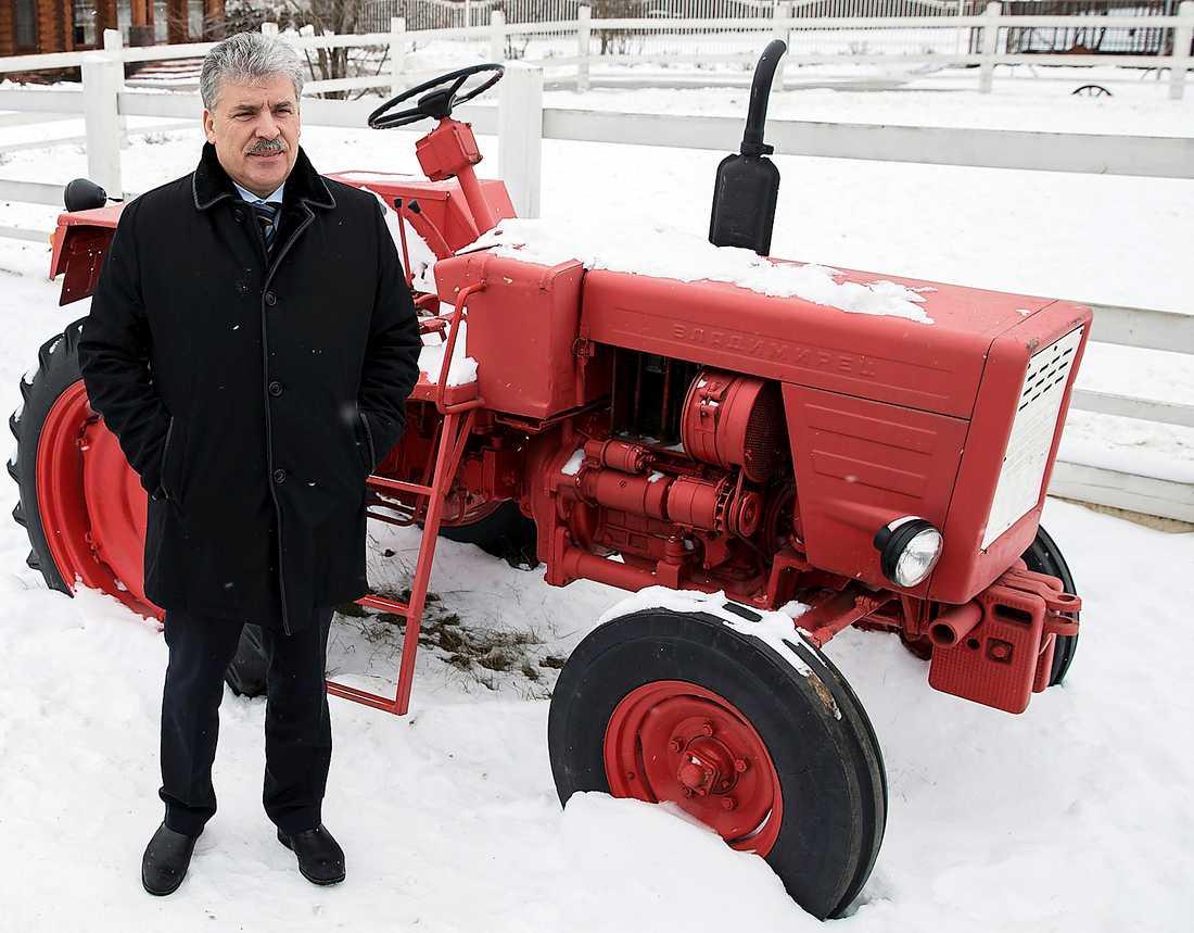 Pavel Grudinin, kommunistpartiets nya presidentkandidat, är en framgångsrik företagare som plockar ut en årslön på 3,5 miljoner kronor ur Lenin-sovchosen