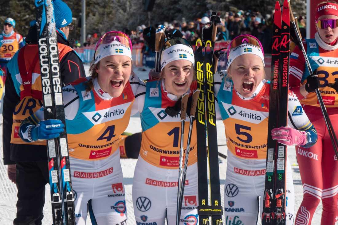 Det blev svensk trippel under U23-VM i tyska Oberwiesenthal genom Moa Lundgren (silver), Ebba Andersson (guld) och Emma Ribom (brons).