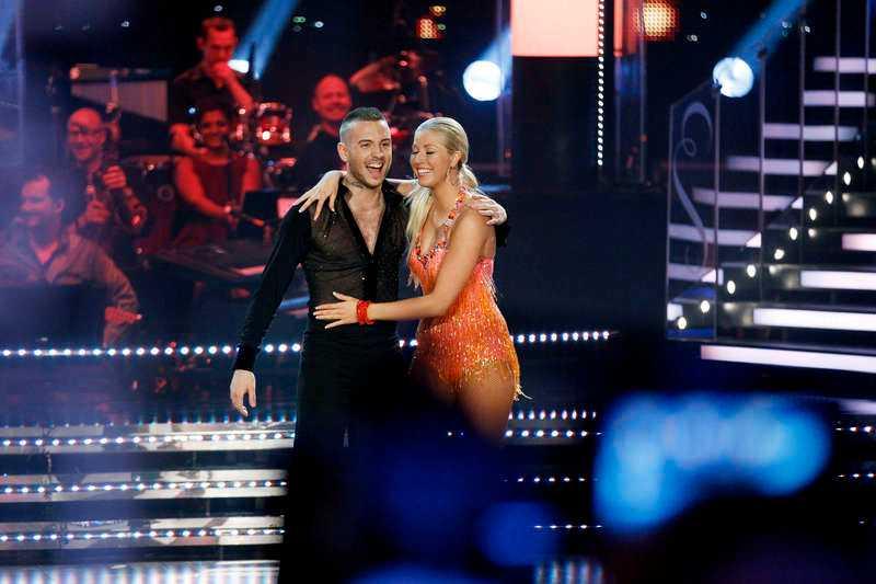 """Anton och hans partner Sigrid Bernson briljerade på dansgolvet i """"Let's dance"""""""