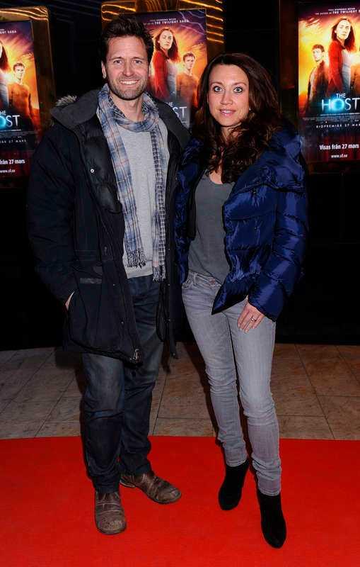 Camilla Läckberg minglade i veckan trots skilsmässobeskedet tillsammans med Martin Melin på filmpremiär i centrala Stockholm.