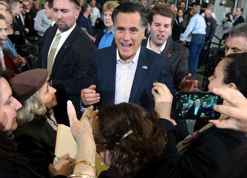 raggar röster Om Mitt Romney gör succé i natt pekar mycket på att han blir republikanernas presidentkandidat.