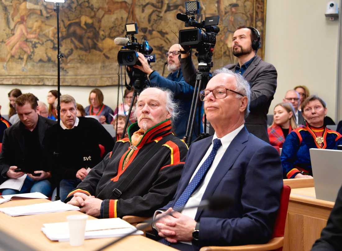 Matti Blind Berg, Girjas samebys ordförande, och advokat Peter Danowsky, som har företrätt Girjas i rättsprocessen.