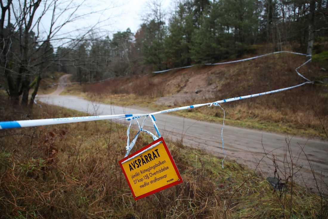 Polisen befarar att den 17-åriga försvunna Uddevallaflickan utsatts för brott.