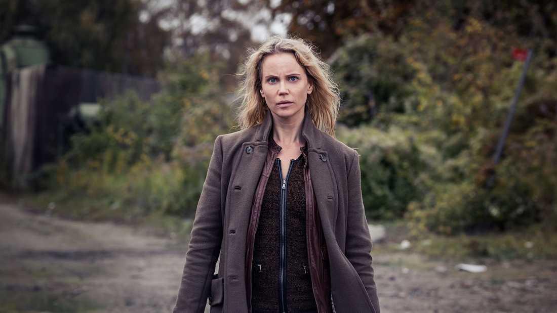 """Sofia Helin som """"Saga Norén"""" i tv-serien """"Bron""""."""
